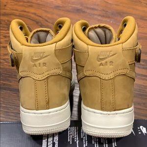 GS AR0733-700 Wheat//Khaki NEW Size 6Y Boys Nike Air Force 1 High PRM